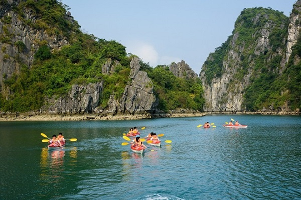 cheo xuong kayak ha long