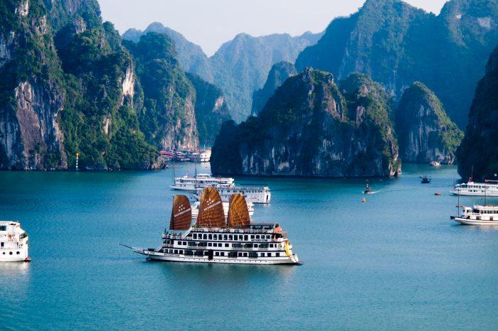 Tour du lịch Hạ Long – Tuần Châu 3 ngày 2 đêm