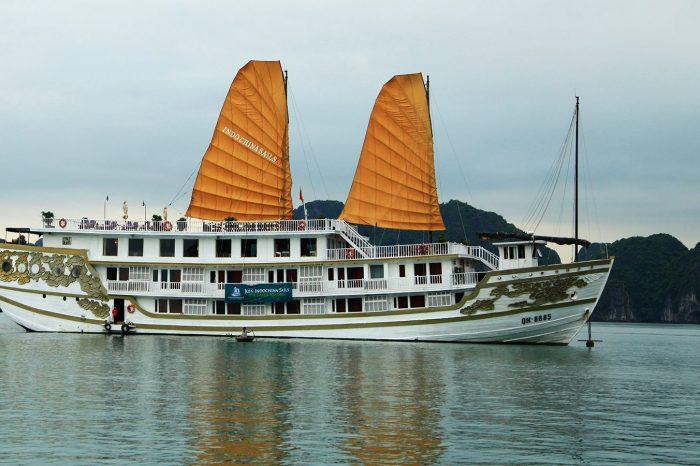 Du thuyền Indochina Sails – 5 sao